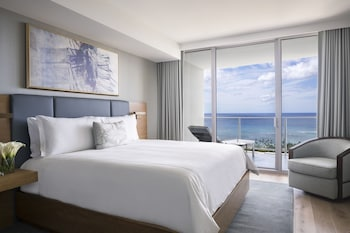 Picture of The Ritz-Carlton Residences, Waikiki Beach in Honolulu