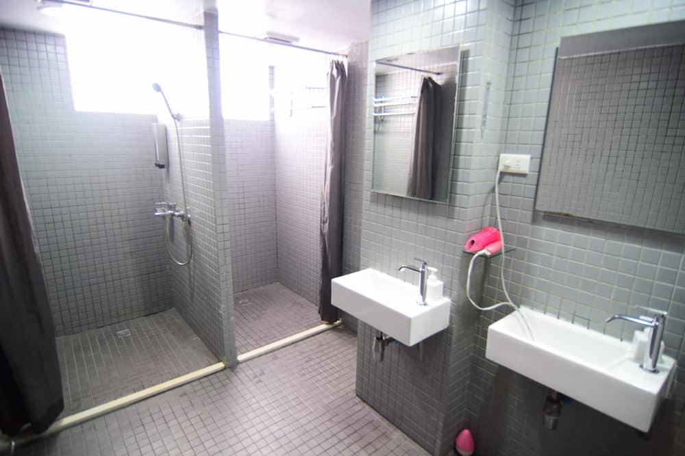 雙床房 - 共用浴室 - 不接受自主管理訂單 - 浴室