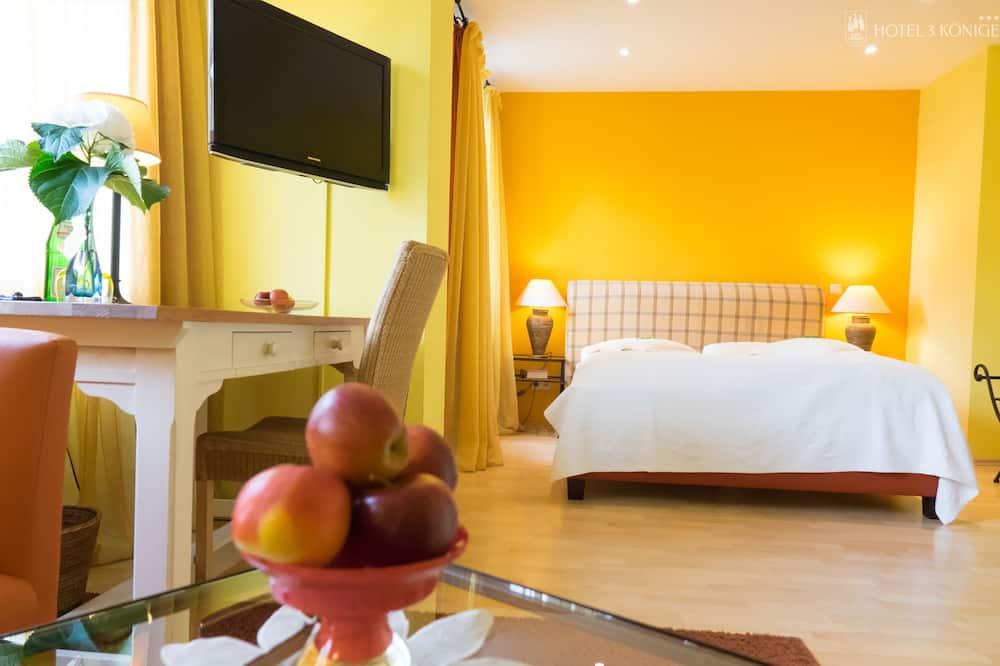 Двухместный бизнес-номер с 1 двуспальной кроватью, для некурящих - Зона гостиной