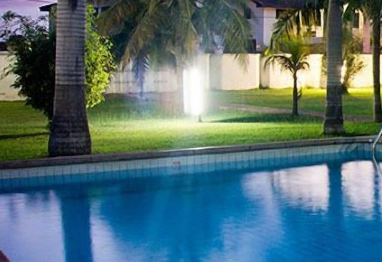 Pekan Hotel, Accra, Outdoor Pool