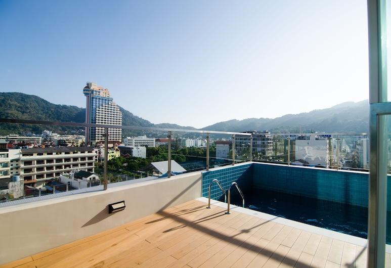 엘레강시 반글라 호텔, 파통, 야외 수영장