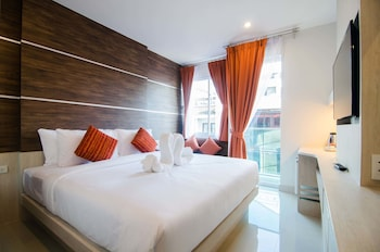Picture of Elegancy Bangla Hotel in Patong