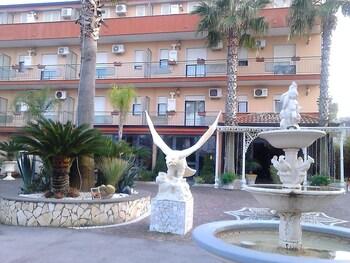 Hình ảnh Hotel Happy Days tại Giugliano in Campania