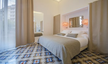 Picture of Anakena House Modernist Bed and Breakfast in Barcelona