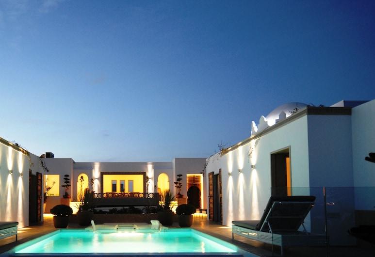 Euphoriad, Rabat, Uima-allas