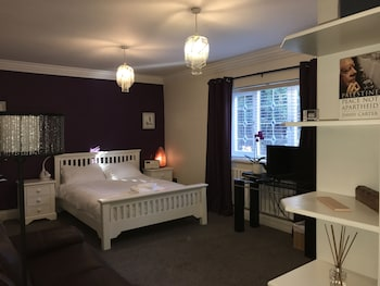 Picture of Halebarns House - Airport Boutique Hotel in Altrincham