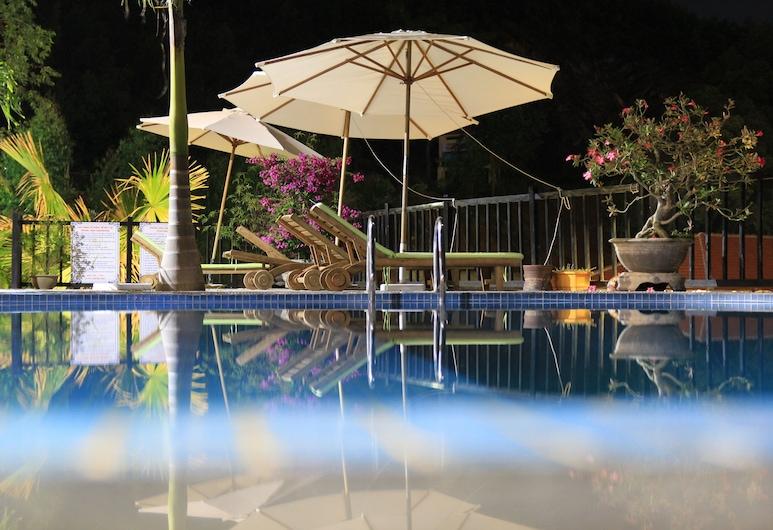 Phong Nha Lake House, Bo Trach, Taras/patio