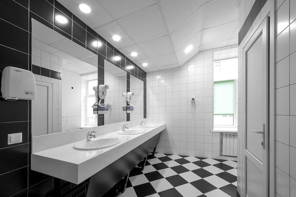 Chambre (2 People In Room) - Salle de bain
