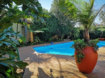 Picture of Rest a While Guest House in Pretoria