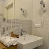 Doppelzimmer (Double) - Badezimmer