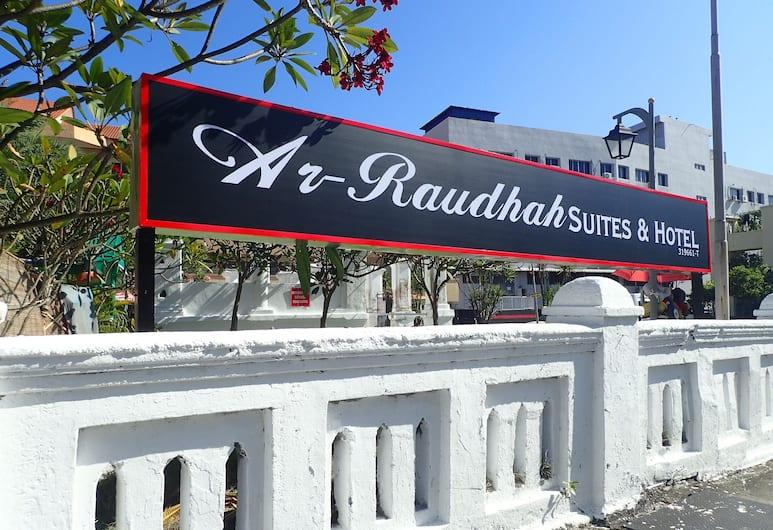 Ar-Raudhah Service Apartments, Džordž Taunas