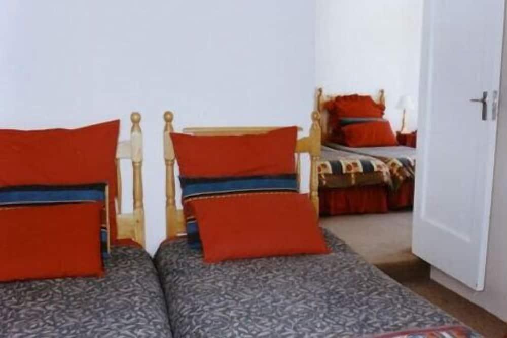 Стандартний двомісний номер (2 односпальних ліжка) - Вибране зображення