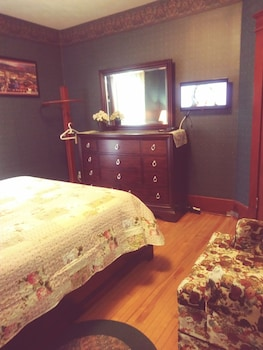 Picture of Glory Inn Downtown Bed & Breakfast in Moncton