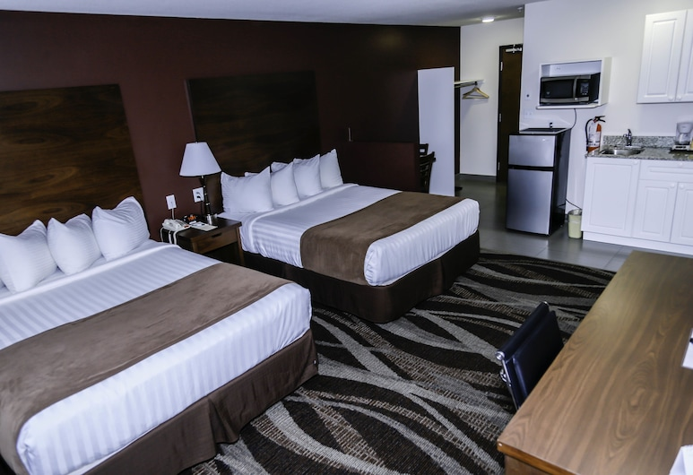 Walking Eagle Inn & Lodge, Rocky Mountain House, Standard Room, 2 Queen Beds, Kitchenette, Guest Room