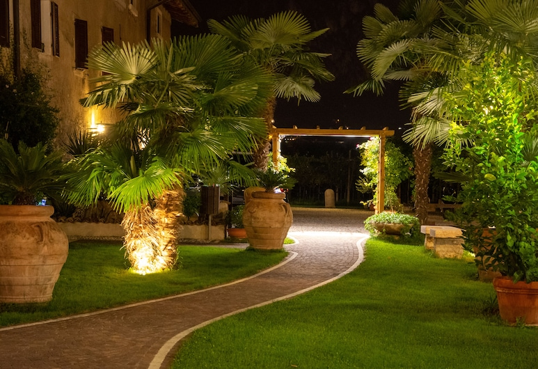 Residence La Colombera, Riva del Garda, Garten