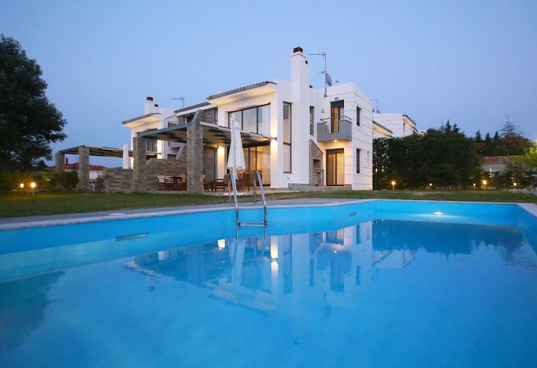 Sunny Sani Luxury Villas, Kassandra
