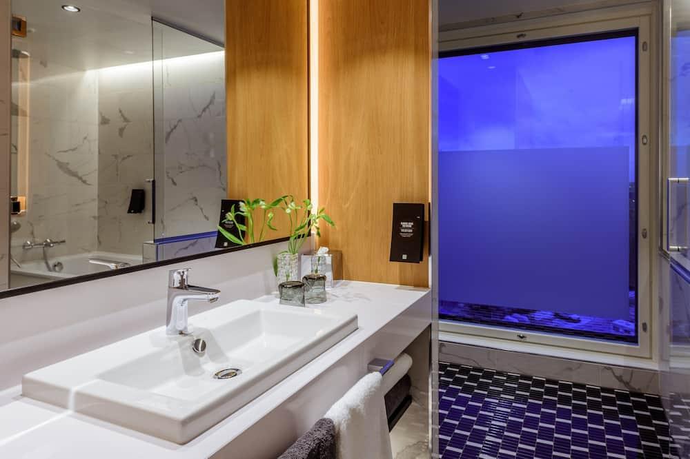 Phòng Deluxe, 1 giường đôi, Không hút thuốc - Phòng tắm