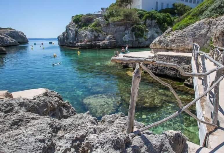 聖胡安公寓酒店 - 只招待成人, Ciutadella de Menorca, 海灘