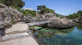 Image de Estel Blanc Apartaments - Adults Only à Ciudadella de Menorca
