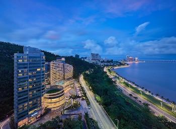 Picture of Grand Bay Hotel Zhuhai in Zhuhai