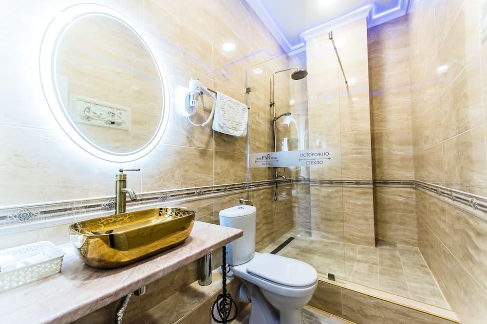 Luxus lakosztály, 1 king (extra méretű) franciaágy - Fürdőszoba
