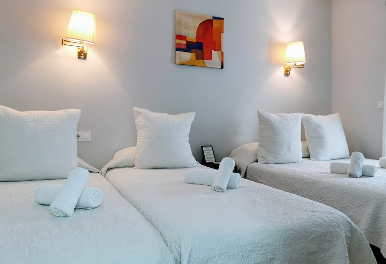 Barcelona City Rooms, Barcelona, Standard Double or Twin Room, Guest Room