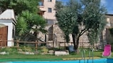 Choose this Country House in Montebuono - Online Room Reservations