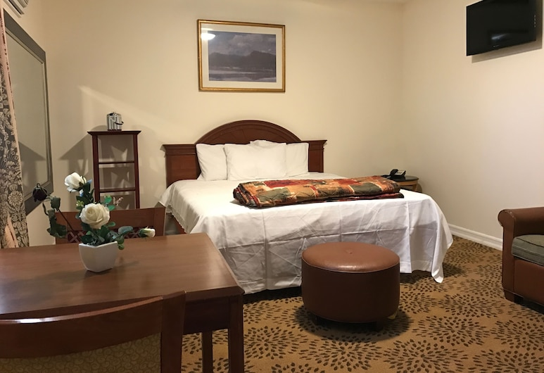 Waterbury Motel, Waterbury, Habitación exclusiva, 1 cama King size, refrigerador y microondas, Vista de la habitación