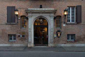Φωτογραφία του Hotel Duchessa Isabella, Φέρραρα