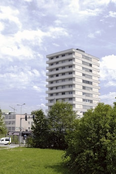 Picture of Swiss Star Tower in Zürich