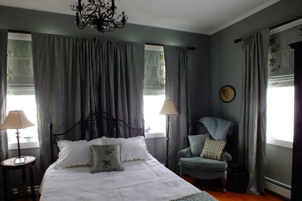 Suite (The Fleming) - Guest Room
