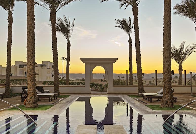 Ancient Sands Golf Resort and Residences, El Gouna, Sundeck