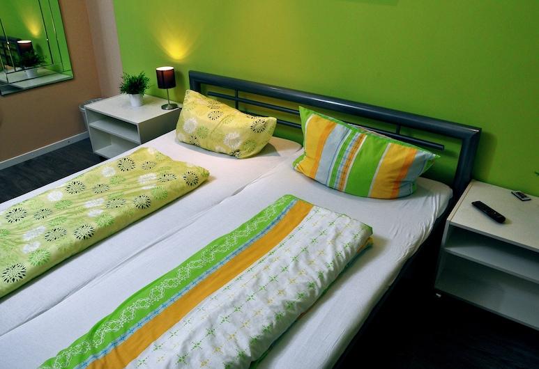 G1 Hostel Hamburg City, Hamburgas, Standartinio tipo dvivietis kambarys, 2 viengulės lovos, bendras vonios kambarys, Svečių kambarys