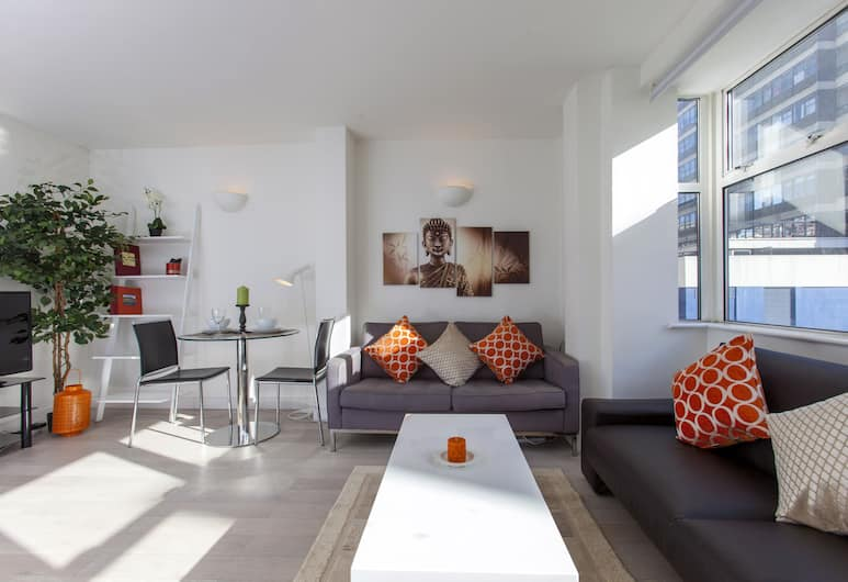 Club Living - Piccadilly & Covent Garden, London