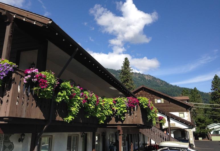 Linderhof Inn, Leavenworth, Hoteleingang