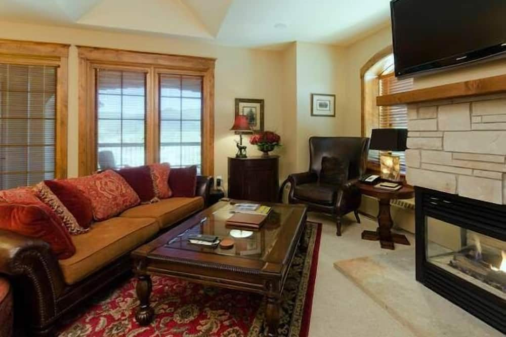Highmark Steamboat Springs - HM5D by RedAwning, Steamboat Springs