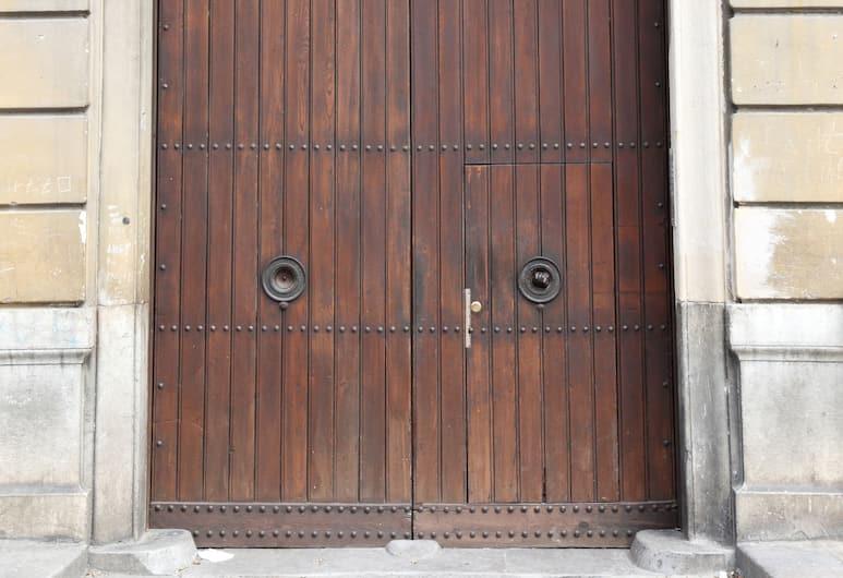 B&B Giulio Cesare, Palerme, Entrée de l'hôtel