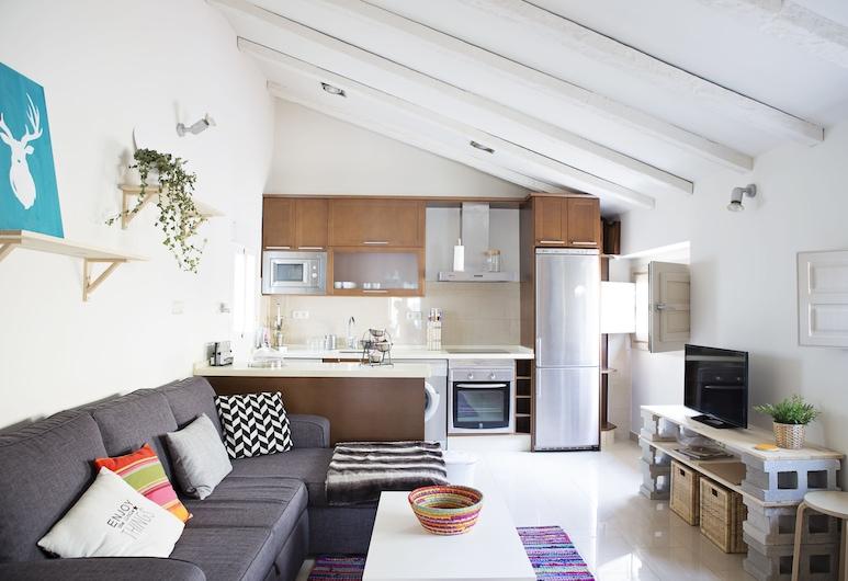 Suncity Flat Mitjana, Málaga, Comfort Apartment, 1 Bedroom, Living Room