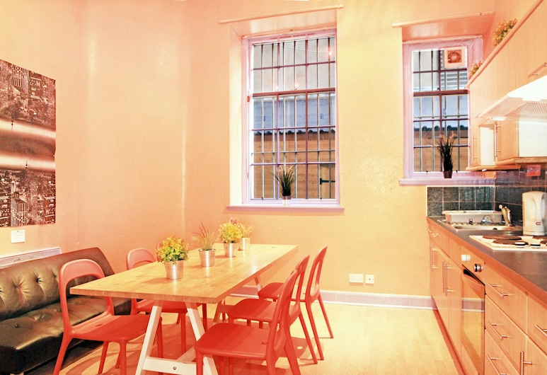Cowgate Tourist Hostel, Edinburgh, Shared Dormitory (1 Bed in 8 Sleeps Dormitory), Guest Room