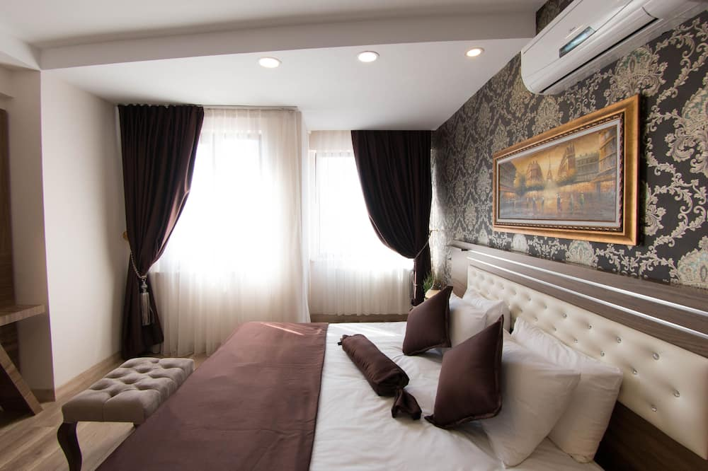Deluxe Suite, Jetted Tub - Guest Room
