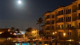 Choose This 4 Star Hotel In Kapaa