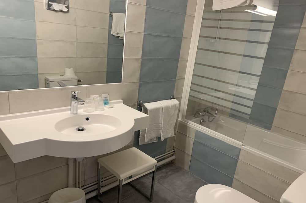 Double Room - Banyo