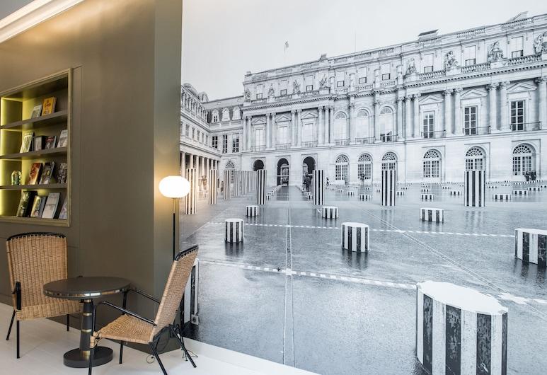1er Etage Opera, Paris, Sitteområde i lobbyen