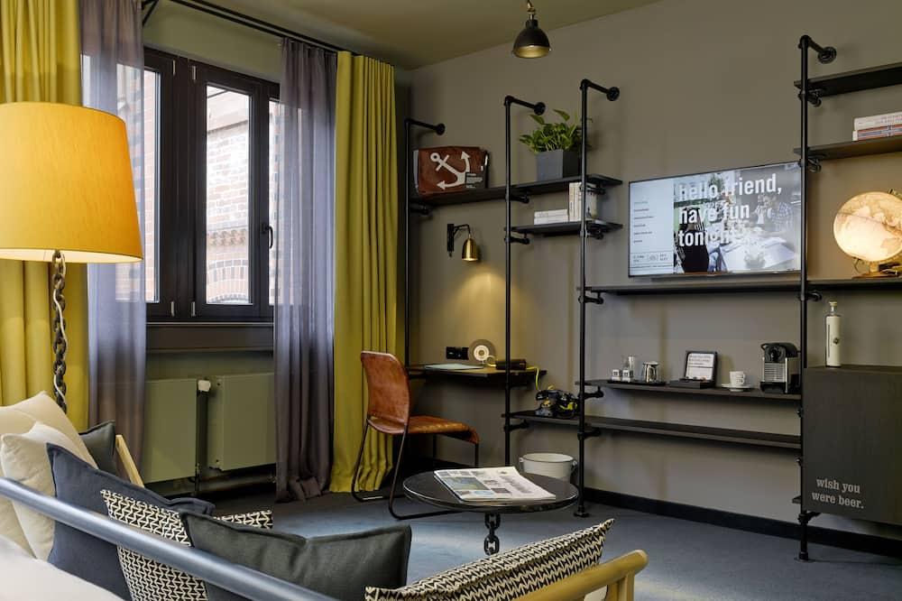 Pokoj (Large) - Obývací prostor