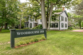 Picture of Woodbourne Inn in Niagara-on-the-Lake