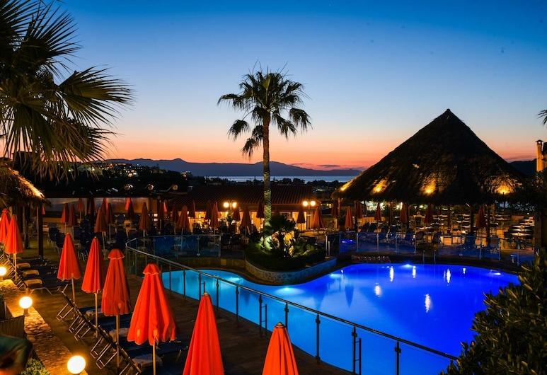 Theo Hotel, Chania