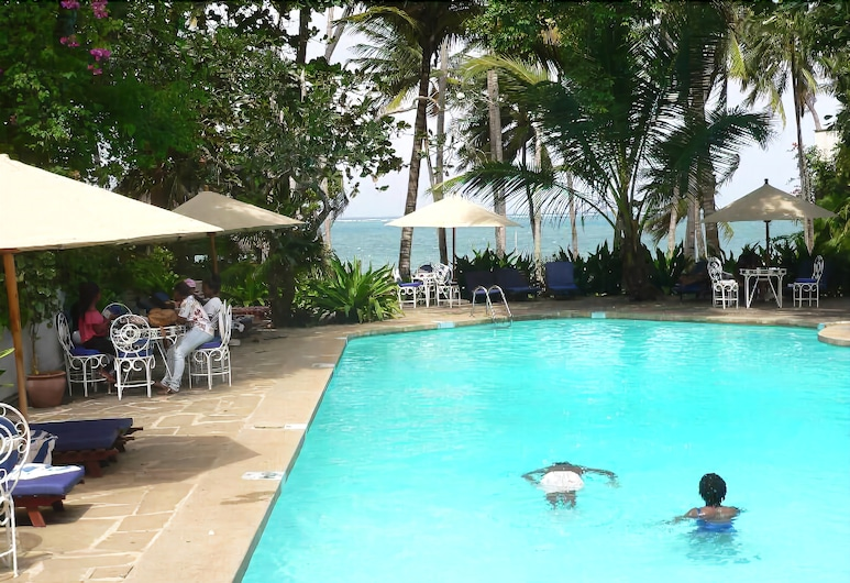 Plaza Beach Hotel, Mombasa