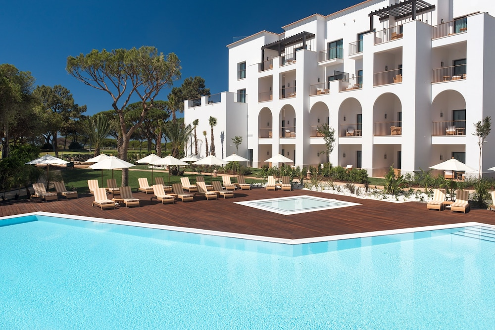 Pine Cliffs Ocean Suites, a Luxury Collection Resort,Algarve, Albufeira, Utendørsbasseng