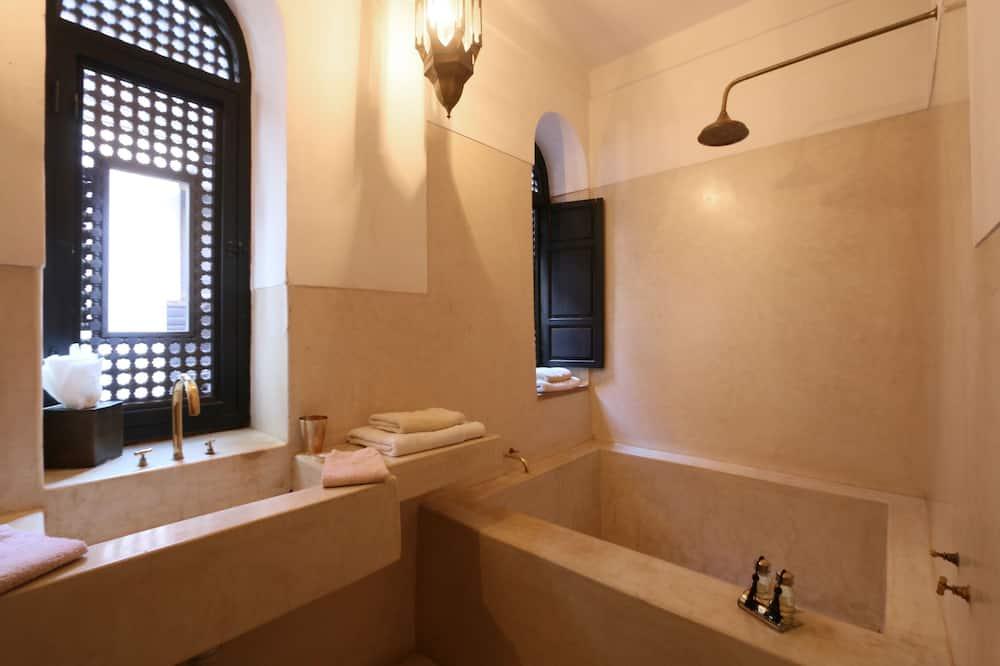 Suite Supérieure (Menzehjouj) - Salle de bain