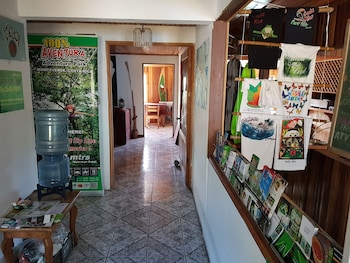 Picture of Hostel Mountain View Backpackers in Monteverde